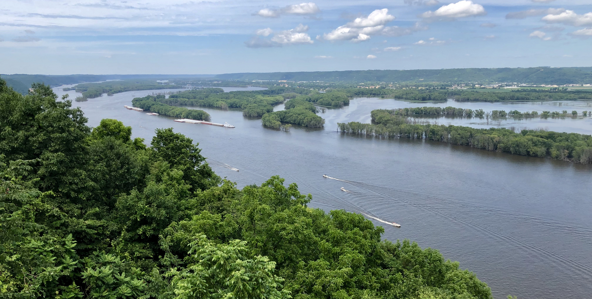 Overlook of the Upper Mississippi River with barge traffic
